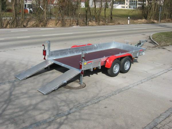 PKW-Anhänger mit Auffahrrampen 2,5 to.